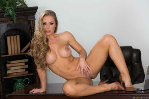 nicole aniston bad teacher
