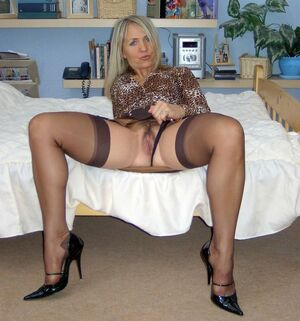 mature nylon feet
