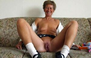 granny dick flash