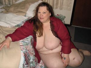 fat mom naked