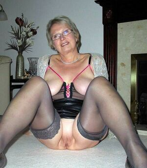 naked granny pictures
