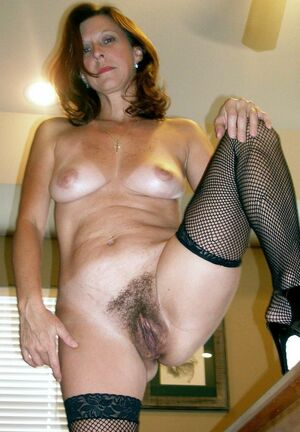 hairy mom nude