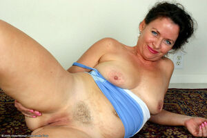 latina mature milf