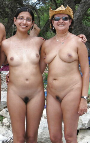 mother and daughter nudist