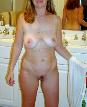 mature naked blondes
