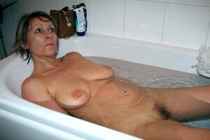 mature natural naked women