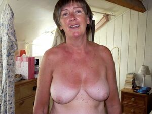 busty mature topless