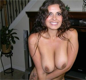 nude with mom