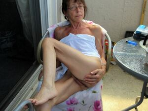 hairy pussy grannys