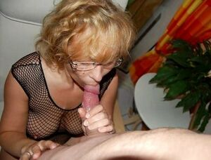 mature wife cuckold