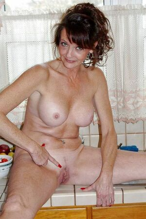 redhead milf naked