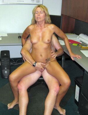 hot mom mature