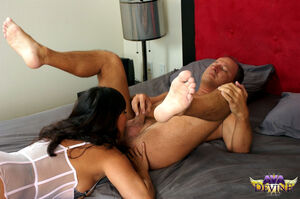 ava devine milf hunter